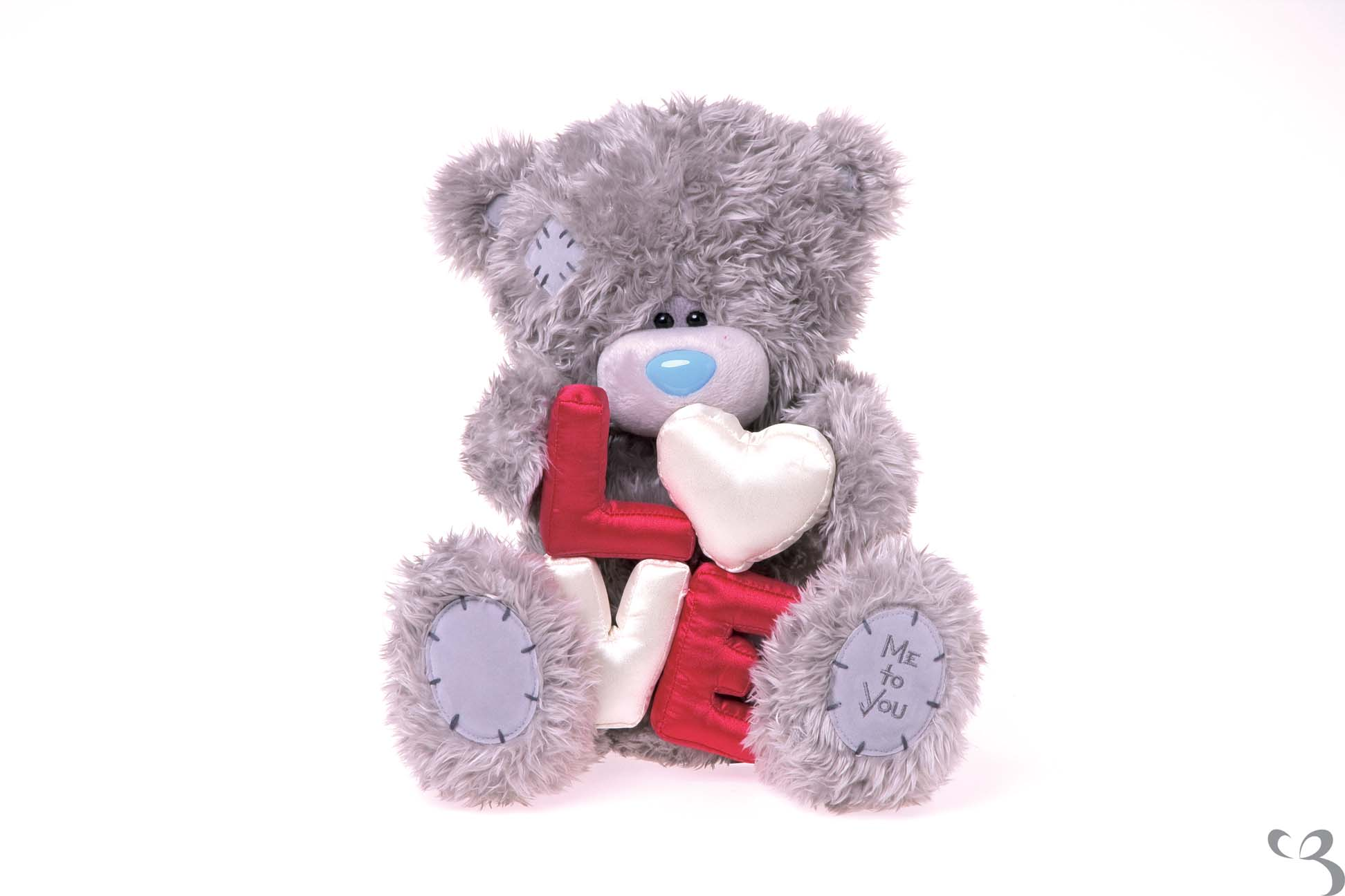 Me to you bear 12 love padded letters tatty teddy for Me to u pictures