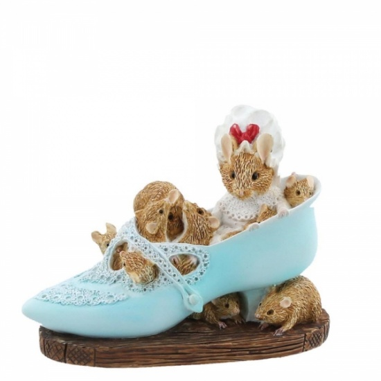 Beatrix Potter Old Woman Who Lived In a Shoe Figurine / Ornament