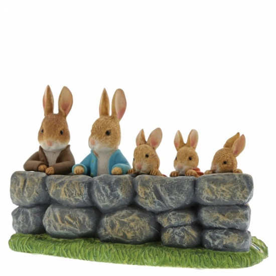 Beatrix Potter Benjamin Peter Flopsy Mopsy and Cotton-Tail Members only Figurine