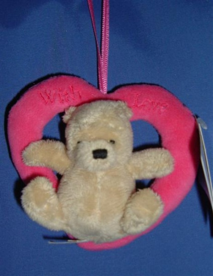 Winnie the Pooh - Sitting in a Heart on a Ribbon - Gund
